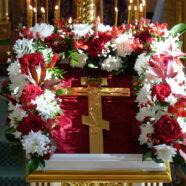 Протоиерей Олег Копылов поздравил верующих с праздником Воздвижения Честного и Животворящего Креста Господня